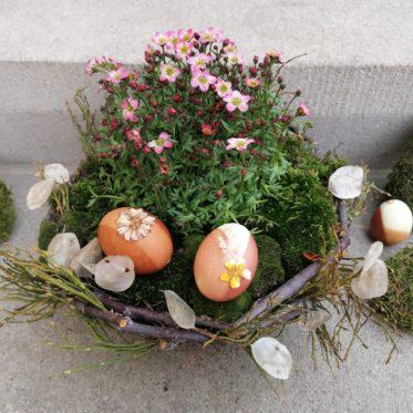 Osterdeko aus Naturmaterialien